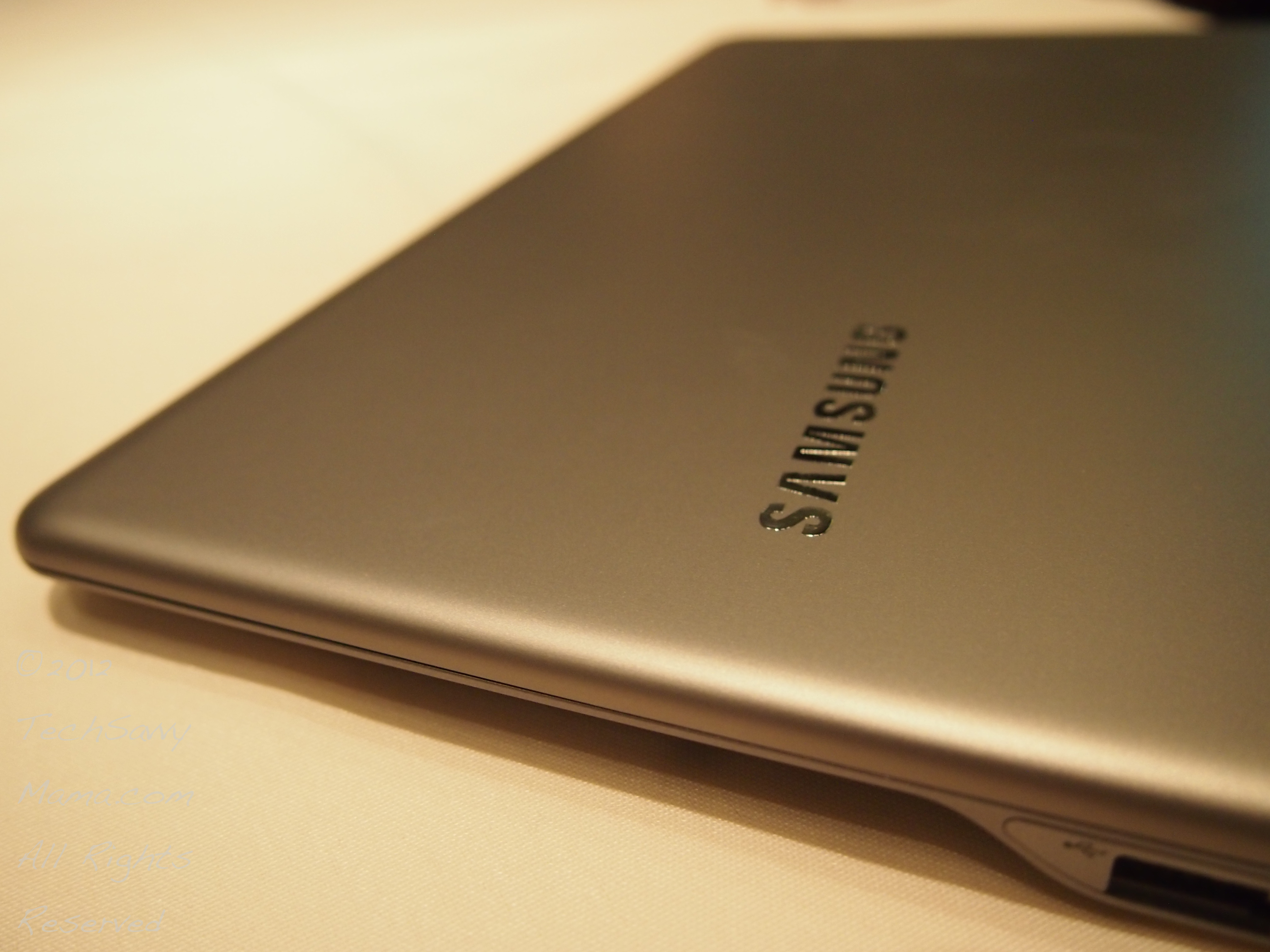 Review: Samsung Series 5 Ultra-Portable Laptop