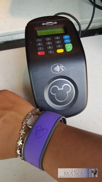 14 Tips for a Walt Disney World Trip with Tweens and Teens: Allow them to choose the color of their Magic Band and more tips on TechSavvyMama.com