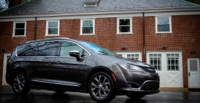 2017 Chrysler Pacifica 2017 Chrysler Pacifica review on TechSavvyMama.com #DrivePacifica
